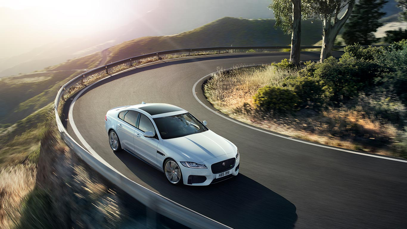 Jaguar-XF-White