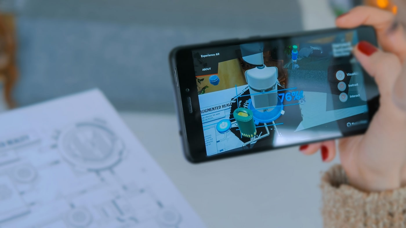 Augmented Reality - The Perfect Blend of the Real and Virtual